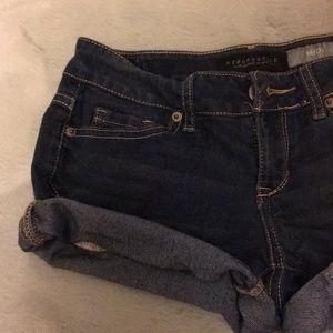 AERO Dark washed denim shorts